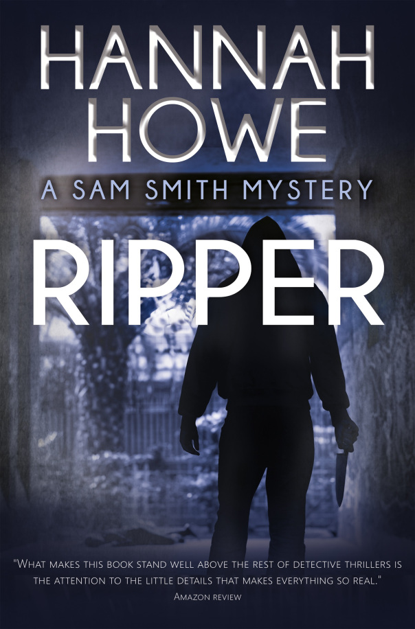 Cover image for Ripper: A Sam Smith Mystery